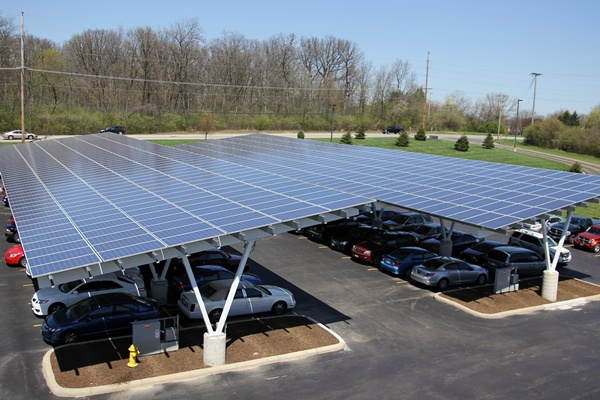 Photoblog Assurant Celebrates Earth Day With New Solar Array