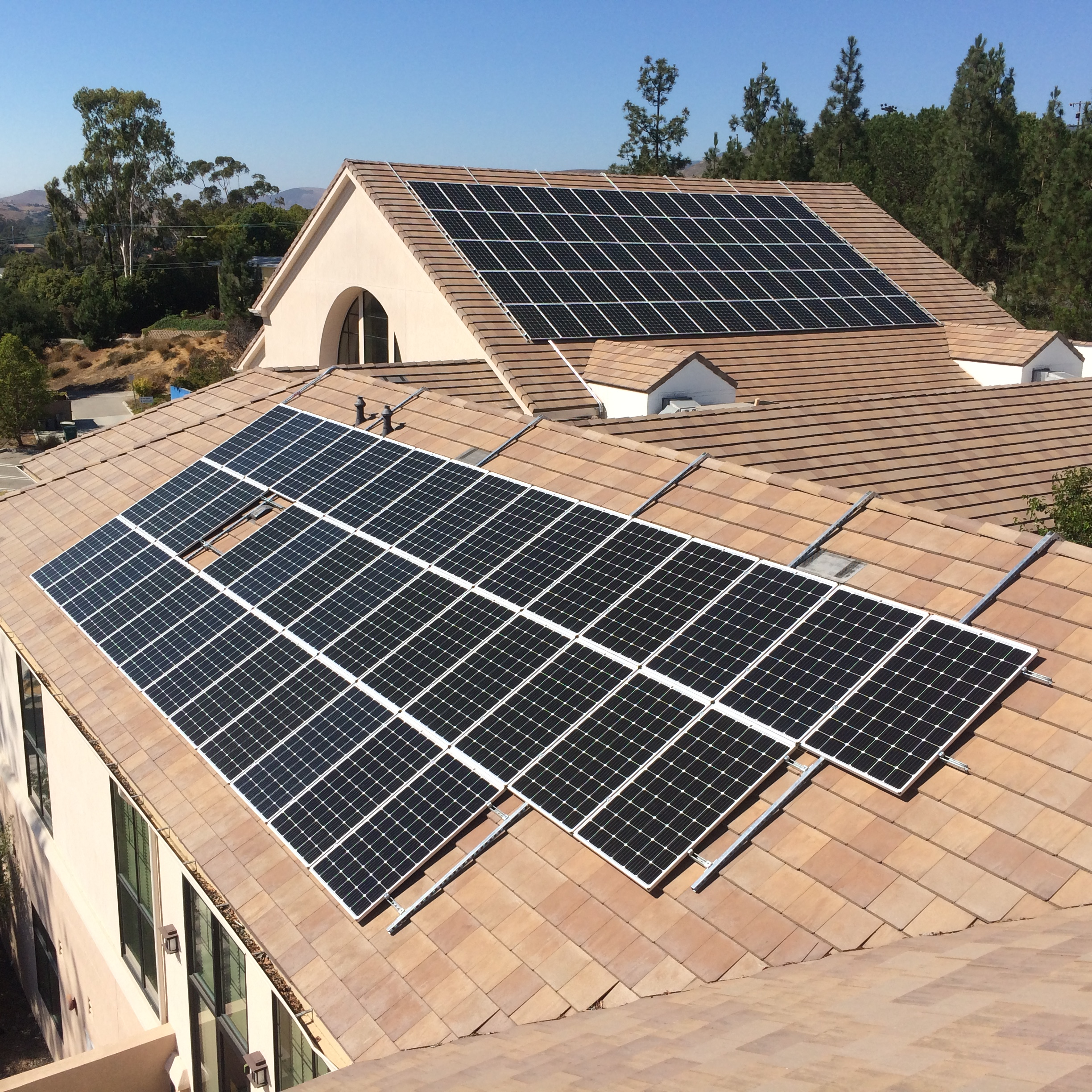 Is It Possible To Install Solar On A Sloped Roof Without Drilling Holes