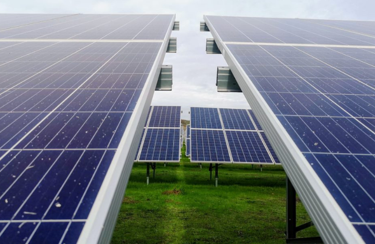 Novec Purchases 300 Mw Of Eastern U S Solar Projects